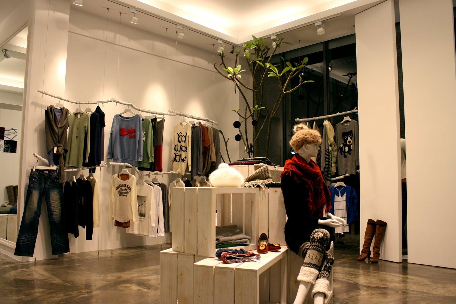 商業空間 台中逢甲 服飾店
